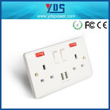 Hot Sales Product 5V2.1A Dual USB Electric Switch Socket for UK Type